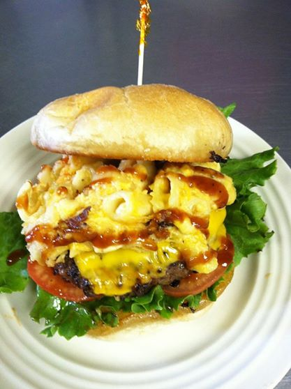 WACKY MAC & CHEESE BURGER